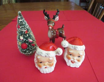 Vintage Christmas Santa Head Salt Pepper Shakers, made in Japan, 1950's, vintage Christmas Decor, holiday ceramics