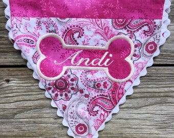 Customized dog bandana with your pup's name machine embroidered in an adorable doggie bone - Personalized - Customized - Dog Accessories