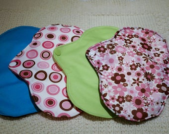 SET of 4 pads washable soft, comfortable, eco-friendly and organic
