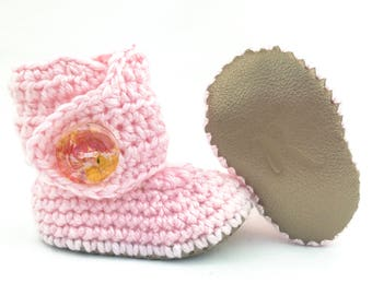 Crochet Baby Booties, Gender Neutral Boots, Oatmeal Walkers, New Baby Uggs, White Baby Shoes, Handmade Infant Booties, Ivory Newborn Booty