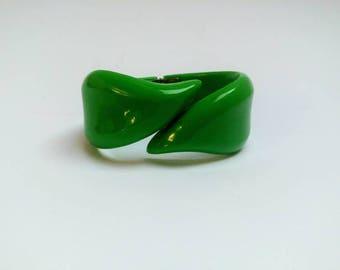 Vintage green clamper cuff bracelet