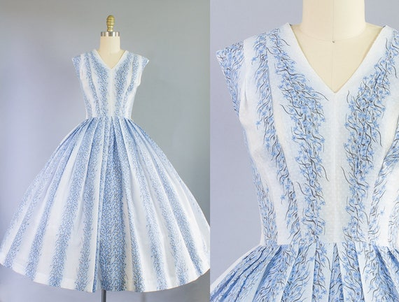 1950s Blue Floral Dress | Medium (36B/27W)