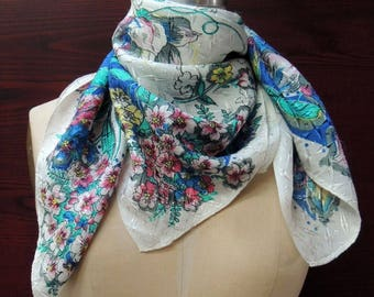 "Vintage ""Floral Vines"" Retro Rain Scarf: Fun, Hip Fashion Headscarf. Birthday, Valentine, Mother's Day Gift. Blue, Mint, Pink. 29in  SC177"