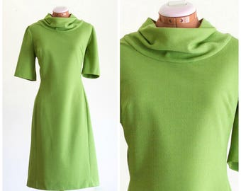 1960s green short sleeve dress