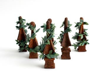 Antique Iron Fence Toppers, Rustic Home Decor, Decorative Christmas Trees