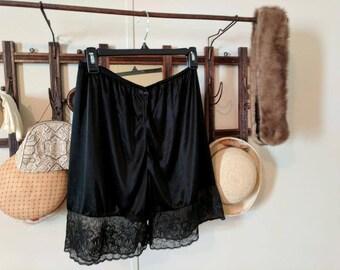 Vintage Black Bloomers - Pettipants - Tap Pants