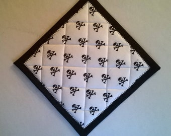 Set of Two Black and White Skull Potholders Hot Pads Hanging Loop Optional