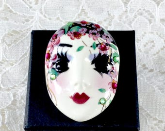 Vintage Rare Porcelain Handpainted Face Brooch
