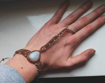 Bracelet-Ring Moonstone - Micro Macrame -Pixies - Fairy - Tribal - Boho - Ethnic - Gypsy - Tribal Fusion -Travel - Queen - Gems - Design