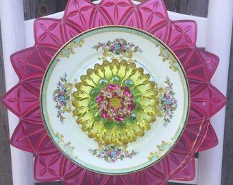 "Plate Flower, Vintage Glass, Garden Decor ""Savannah"""