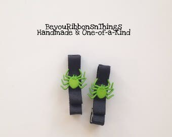 Green Spiders | Hair Clips for Girls | Toddler Barrette | Kids Hair Accessories | Black Grosgrain Ribbon | No Slip Grip | Halloween
