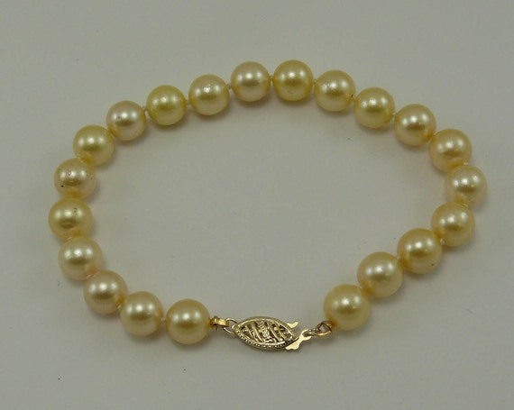Akoya Light Golden Pearl Bracelet with 14k Yellow Gold Clasp 7 1/2 Inches