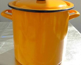 Great pot enamel Orange 70's