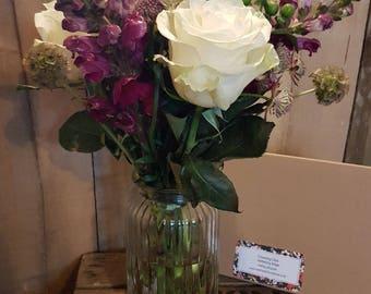 Fresh Flowers - Ruby - Roses - Letterbox Posies - Letterbox Flowers - Real Flowers
