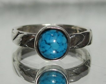 Vintage Sterling Silver Turquoise Ring Sz 6 M124