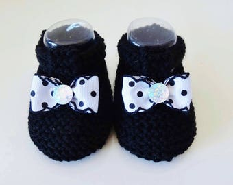 Black wool baby shoes / slippers hand made / black shoes with a bow with polka dots 0/3 months