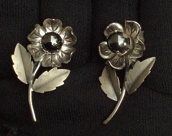 Vintage Sterling Marked Screw Back Flower Earrings