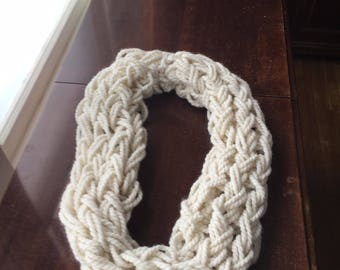 Knitted Infinit Scarf
