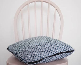 Cushion pattern Japanese / hand made pillow / cushion blue