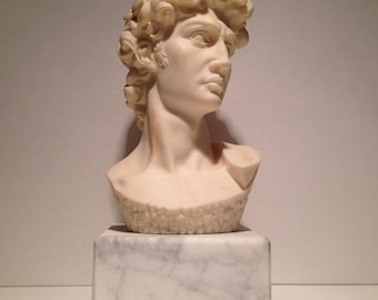 "Souvenir White Bonded Marble Head of Michelangelo's David Figurine 2.5"" x 6"""