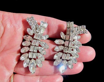 "Jawdropping WEISS Signed 2"" Clear Crystal Rhinestone Rhodium Plated Silver Cascading Waterfall Dangle Drop Clip Earrings Women Bride Wedding"