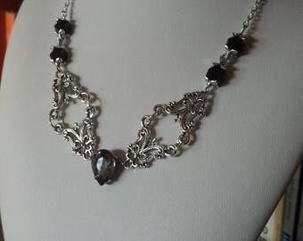"""""""Dark Queen"""" necklace"""