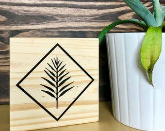 Wood Wall Art, Leaf Art, Plant Art, Plant Painting, Small Plant Design, Home Décor, Wall Décor, Wood Décor, Plant, Desk Art, Geometric Art