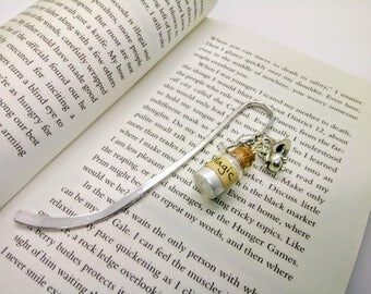 Magic Fantasy Bookmark Witch Book Accessories and Spells Gift