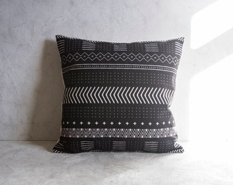 Aztec Pillow Cover, Bohemia Pattern Pillow Cover, Black Pillow Covers, Throw Pillow, Boho Cushion Cover, Decorative Pillow Cover
