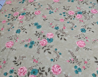 Rambling Rose-Rose on Brown Cotton Fabric (17790) Designed by Sandy Gervais for Moda Fabrics