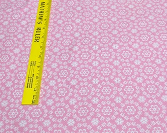 Cozy Cotton-Flowers on Pink Cotton Flannel from Robert Kaufman