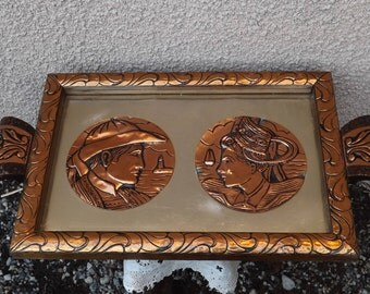 Antique wooden tray couple Bretons copper Medallion