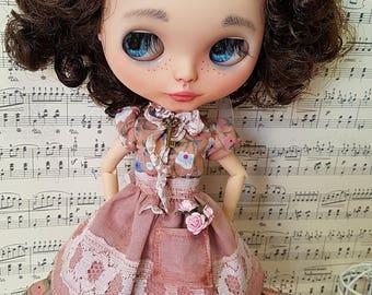 Blythe dress. Dress and apron set for blythe vintage.