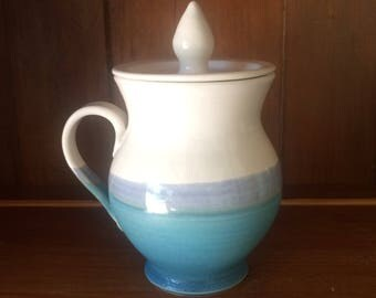 Pottery Chai Mug With Lid, No Cold Tea Pottery Mug, Blue and White Ceramic Mug, in Stock, Ready To Ship