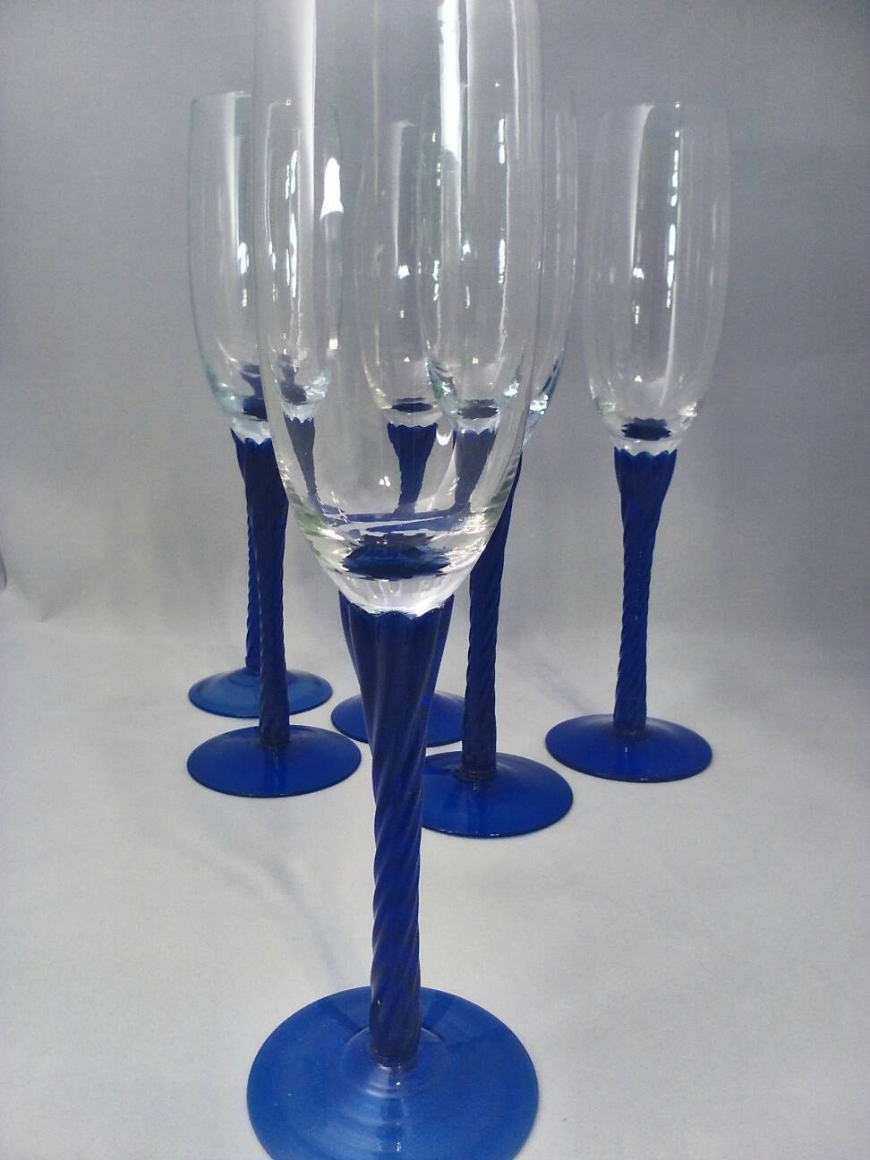 Champagne glass hand blown cobalt blue crystal glass set of 6 - Hand blown champagne flutes ...