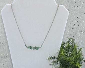 bar necklaces for women, green stone, boho jewelry trends, bohemian bar necklace, beaded bar necklace, skinny bar necklaces