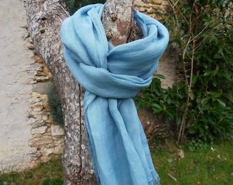 ÉCHARPE FOULARD CHEICH 100 % lin lavé et frangé coloris bleu tropique 200 X 60cm