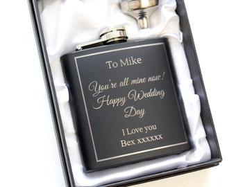 Personalised Hip Flask, Engraved Black Hip Flask, Gift for Groom, Gift for Husband, Wedding Day Gift Idea, Gift for Best Man, Gift for Usher