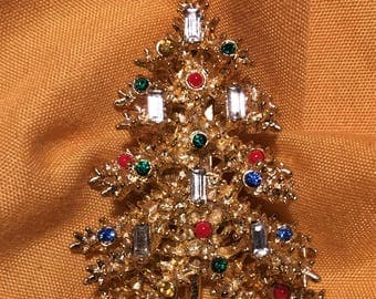 Gorgeous Baguette Christmas Tree Brooch Signed ART. Book Piece