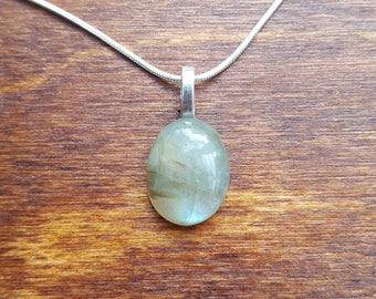 Labradorite silver necklace - gemstone necklace - birthstone necklace - gift necklace - birthday present - flashy labradorite - pendant - 43