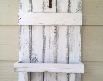 Rustic Key-Mail Holder