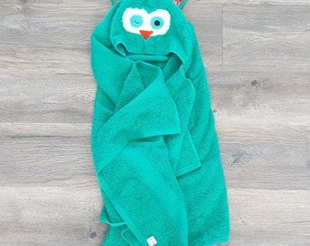 Hooded owl towel/kids hooded towel/baby hooded towel/teal green owl towel/EASTER BASKET STUFFERS for kids/hooded animal towel/birthday gift