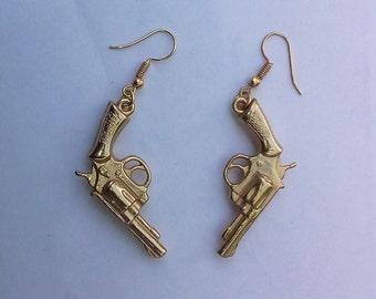 Sergi,revolver guns,military, beautiful adornments, souvenir