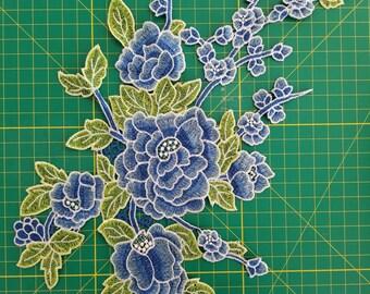 Blue embroidered flower applique #20170825-23