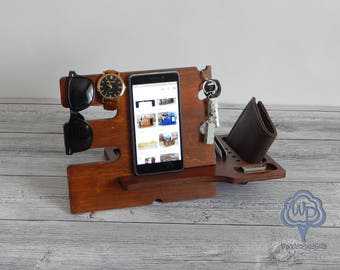 Docking stand Iphone docking station wood Charging station Fathers day gift Dad Birthday Gifts Dad Gifts Gift for dad groomsmen gift