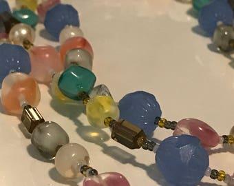 Springtime colorful beaded necklace - Handmade