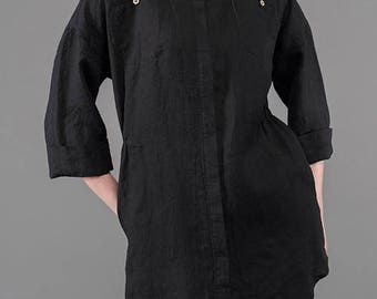 Black loose-fitting LINEN TUNIC - made in Northern Europe
