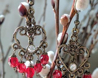 The Anni Earrings - Ornate & Eye-Catching