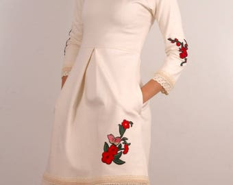 Vanilla white dress with embroidery