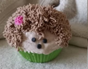 Bath Bomb Cupcake Hedge Hog, Bubble Bath, Banana Scented, Baby Shower Favor, Great for Kids, Whimsical Fizzy, Stocking Suffer, FREE SHIPPING